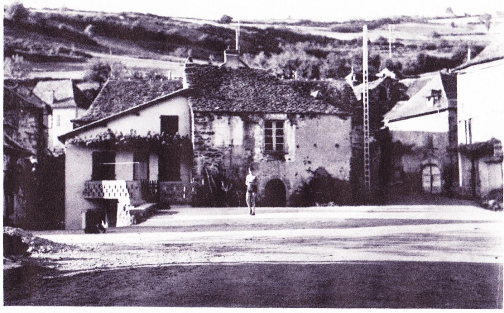Cadran solaire restauration Benoit Bor et Bar Aveyron.