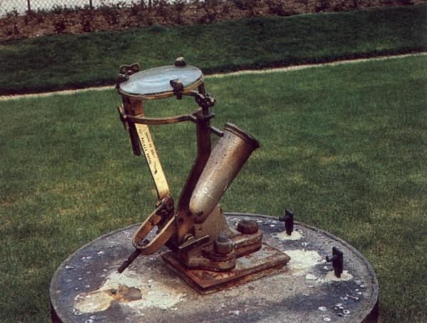 Cadran solaire restauration  Benoit Saint-Pons-de-Thomière Hérault.