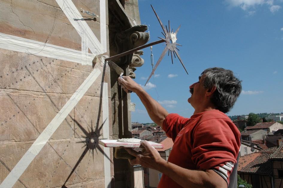 Cadran solaire restauration Benoit Albi Tarn.