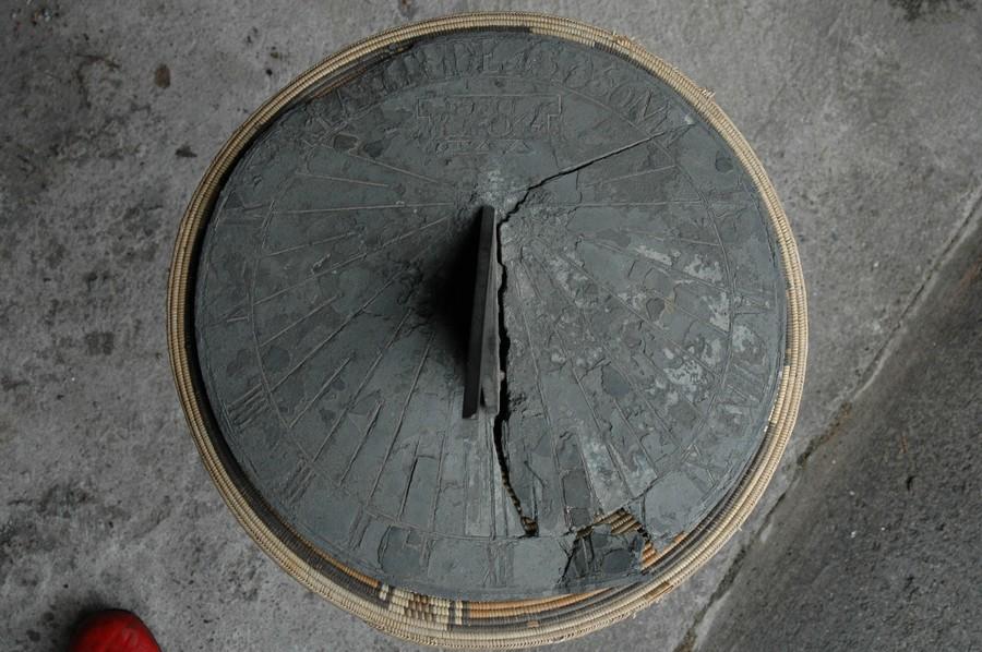 un objet à découvrir et son lieu - ajonc - 24 janvier trouvé par Martine 179-rivieres-horizontal-plomb22-1