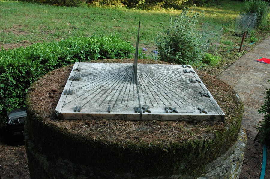 Cadran solaire Benoit Lisle-sur-Tarn Tarn.